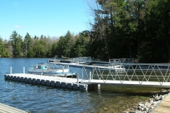 1000 Islands Docks Ltd. - Commercial Dock Installation Image