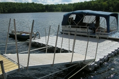 1000 Islands Docks Ltd. - Eastern Ontario - Residetial Floating Modular Dock Installation with House Boat Image