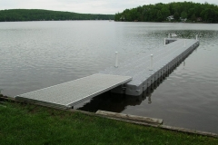 1000 Islands Docks Ltd. - Eastern Ontario - Large Residetial Floating Modular Dock Installation Image