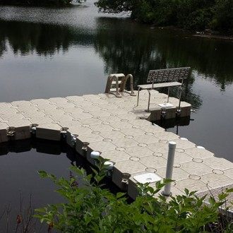 1000 Islands Docks Ltd. - T-Shaped Dock Installation Image